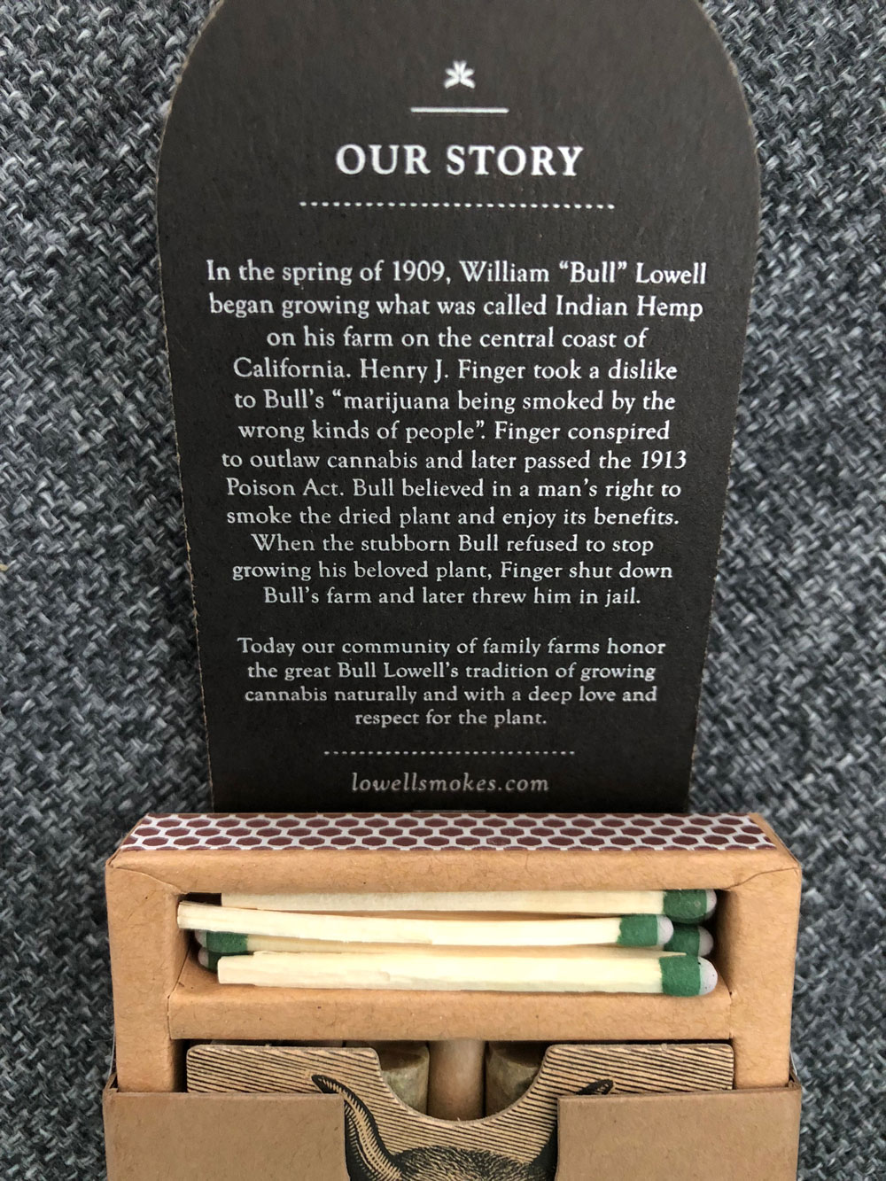 Review of Lowell Smokes Pre rolls - pack matches and inside